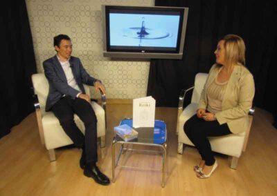 En la TV de Orihuela pudimos hablar del libro la verdad sobre el Reiki.