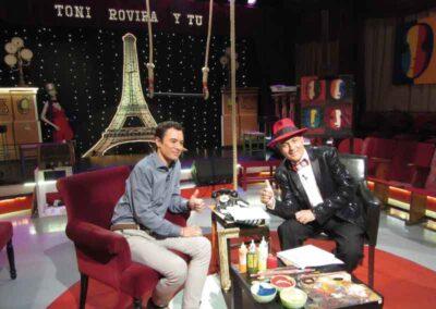 Con Toni Rovira pudimos hablar del libro la verdad sobre el Reiki y de nuestros viajes a Japón en 25 TV.